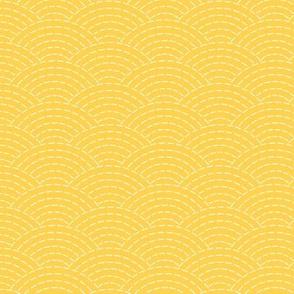 faux sashiko scallop on yellow