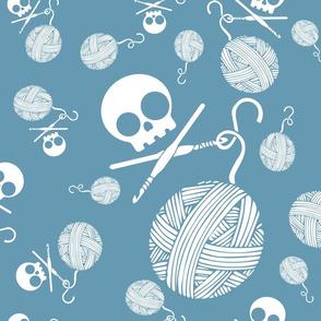 Yarn-Skull-and-Yarn-Toss-Niagra-Blue