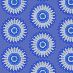 blue and white daisy