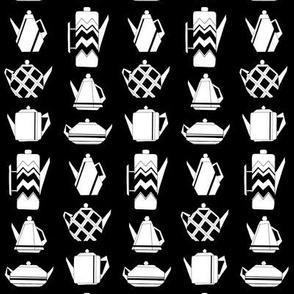 Teapots in black & white