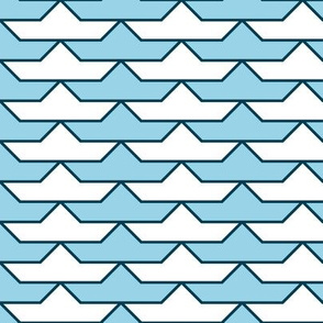 06140285 : paper boat 1x 2 : sailing