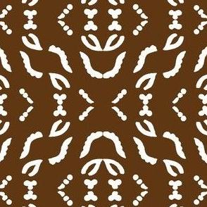 Diagonal_stripe_field_white_WARMBROWN