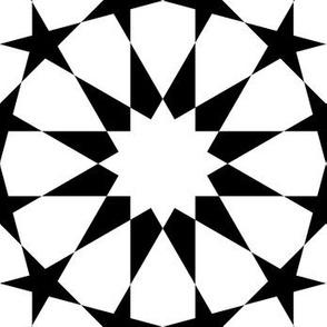 06160767 : UC5E4 : black + white