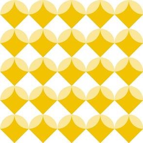 Modern Ocean: Shells (Yellow)