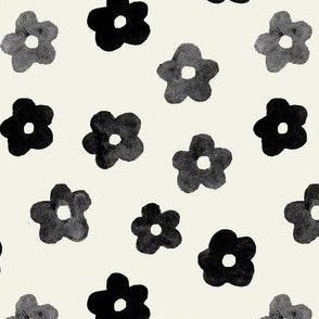 Black and Taupe Daisies