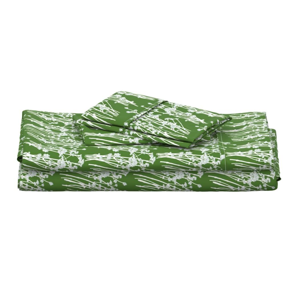 Langshan Full Bed Set featuring desert blooms - grass by cinneworthington