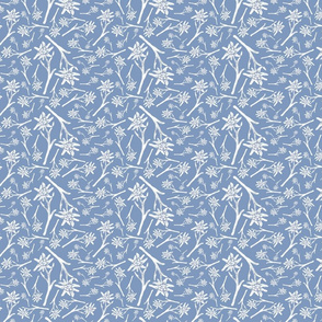Edelweiss Lace Nr. 1 warm blue small