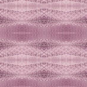 Horizontal Snakeskin (Icy Mauve)