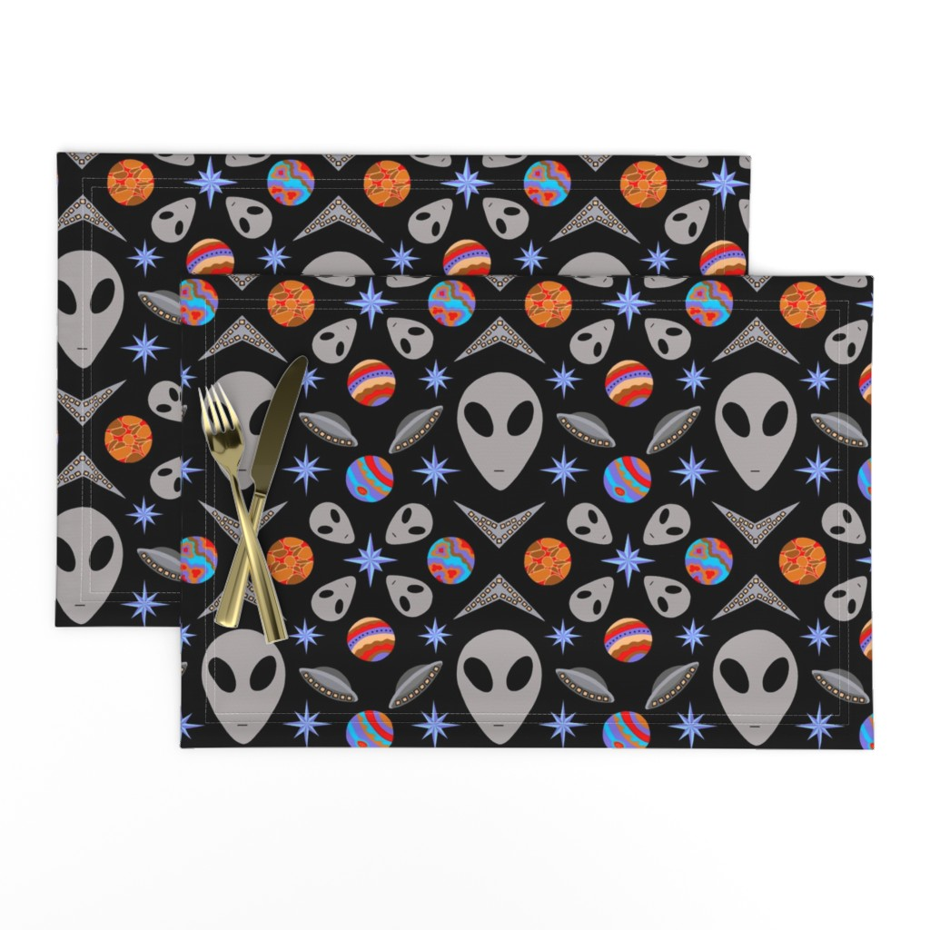Lamona Cloth Placemats featuring Aliens And UFOs In Space [on black] by theartofvikki