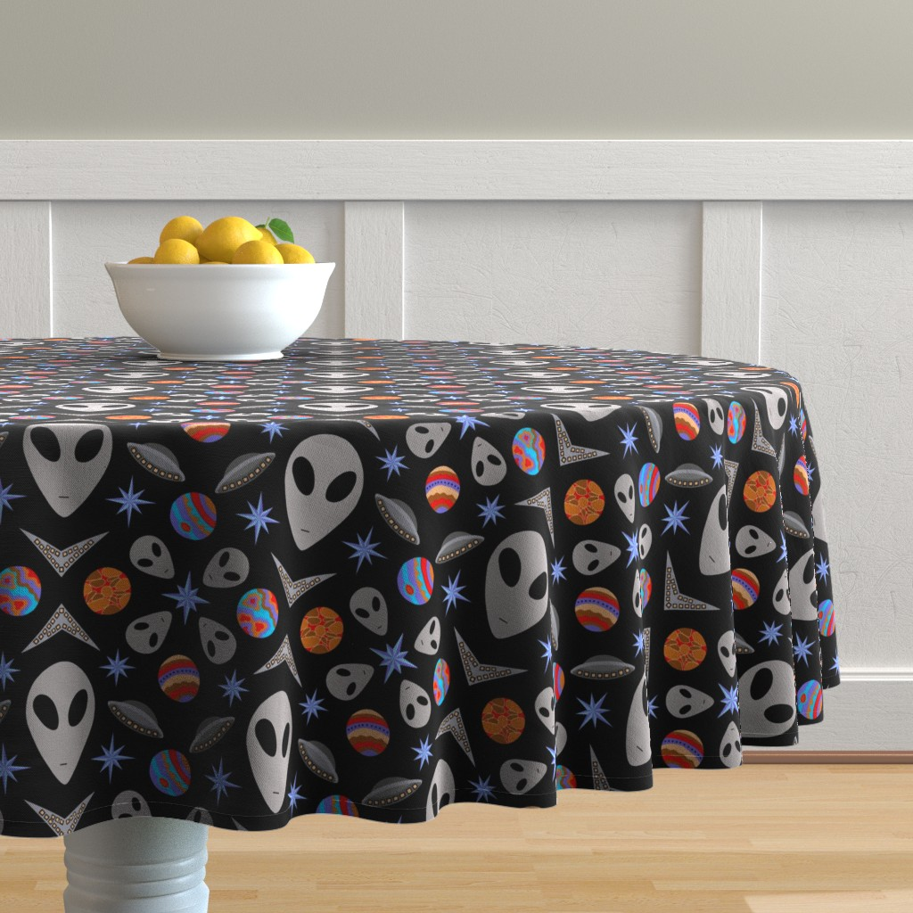 Malay Round Tablecloth featuring Aliens And UFOs In Space [on black] by theartofvikki
