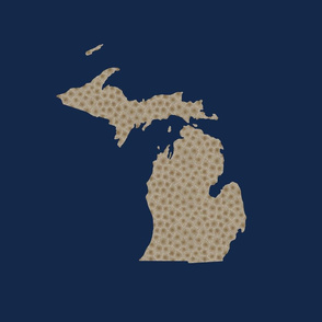 "Michigan silhouette - 18"" petoskey on navy"