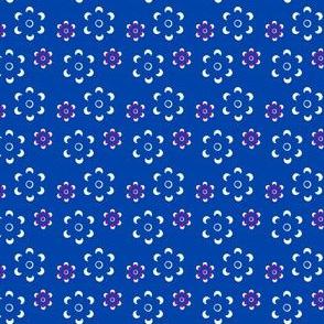 Court & Spark - Scandi Daisy Plum on Blue