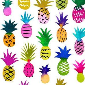 Pineapple Fun / White / Large Scale