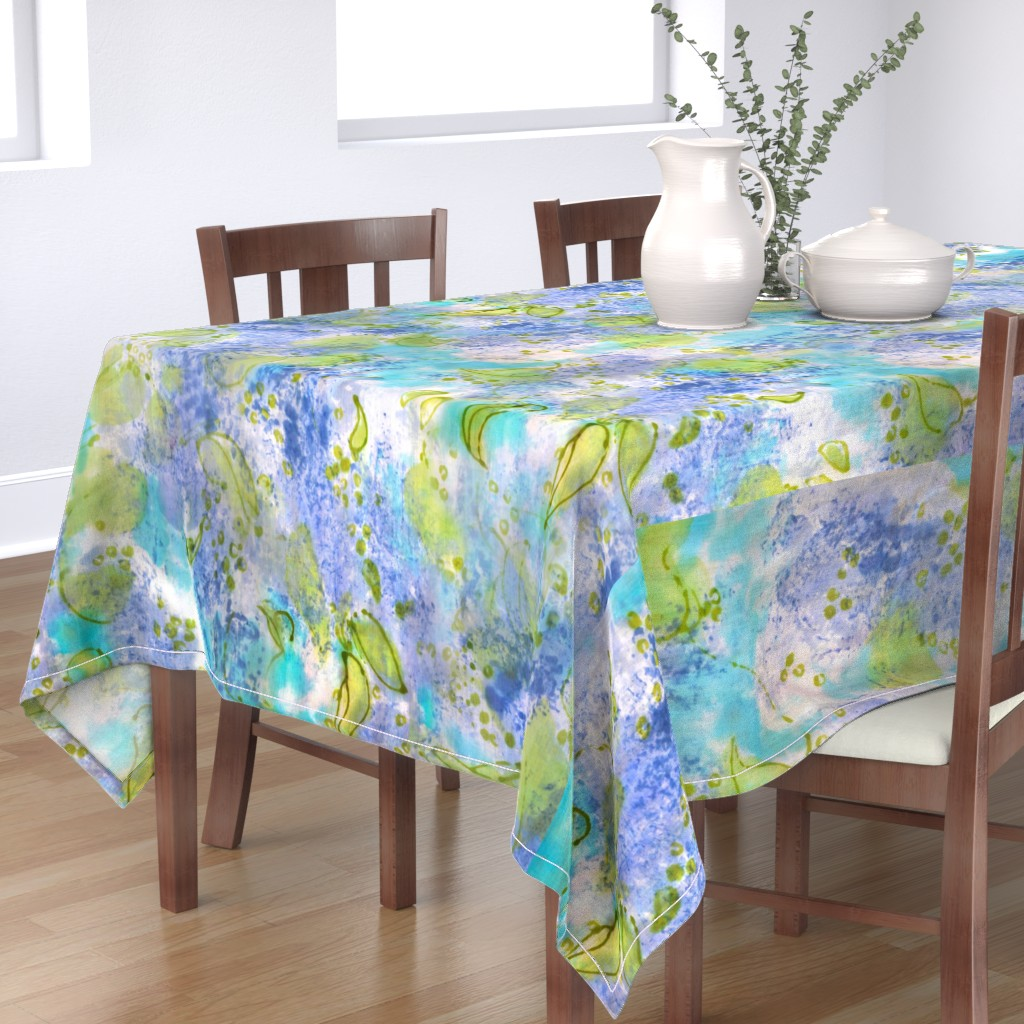 Bantam Rectangular Tablecloth featuring Lilac Splendor by dorothyfaganartist