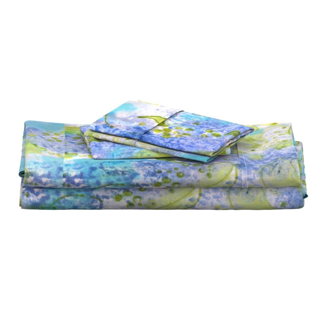 Langshan Full Bed Set featuring Lilac Splendor by dorothyfaganartist