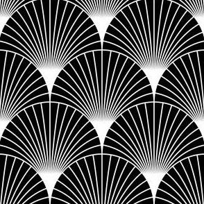 06595147 : scalefan 18 : black + white