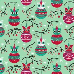Cherry_Mint_Owl_Ornaments