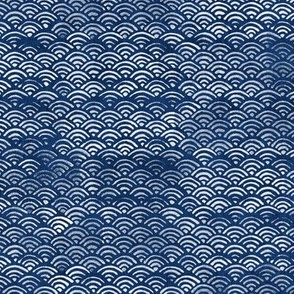 Japanese Block Print Pattern of Ocean Waves, Japanese Waves Pattern in Indigo Blue, Blue Boho Print, Beach Fabric