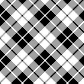 black and white diagonal tartan