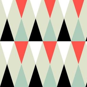 Geometric Pattern: Harlequin: Red/Green