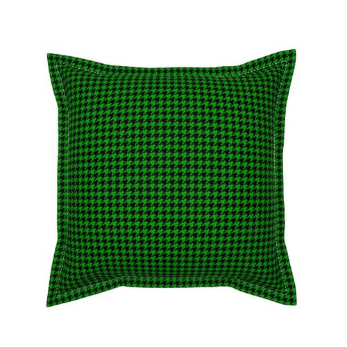 Colorful Fabrics Digitally Printed By Spoonflower Half Inch Christmas Green And Black Houndstooth Check