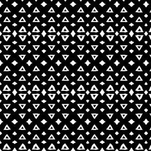 Three_Triangles