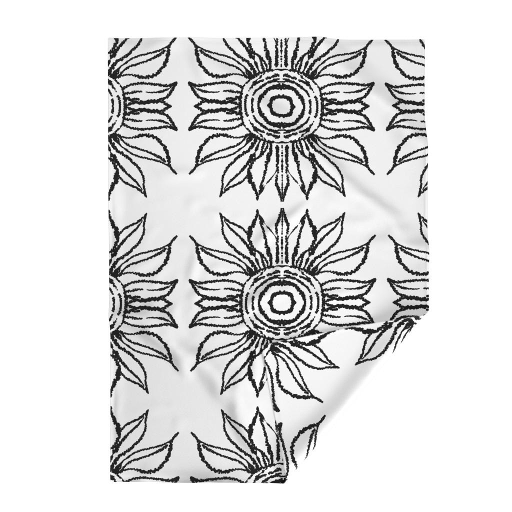 Lakenvelder Throw Blanket featuring basic_flower_white_large by blayney-paul