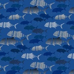 whale tail lei (blue) - horizontal / small