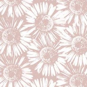 Dusty Pink Daisy