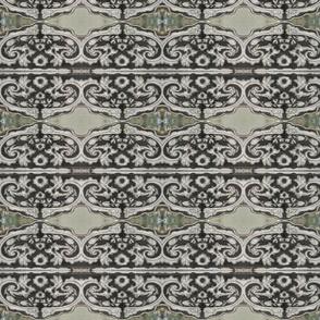 IMG_1244 Antique Peruvian Eglomise Frame Detail