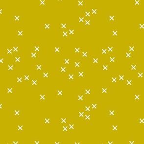 Basic geometric raw brush crosses pattern mustard yellow SMALL