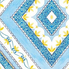 Filigree Diamonds - blue/yellow