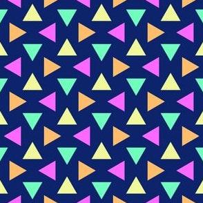 07233581 : triangle 4g : hawaiian