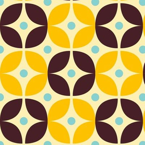 Geometric Pattern: Stylised Flower: Yellow/Brown