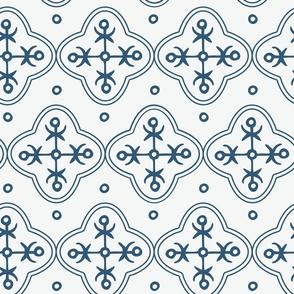 mod quatrefoil tile