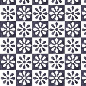 Mini Daisy Tile - Spanish Grey