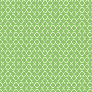 quatrefoil apple green - small