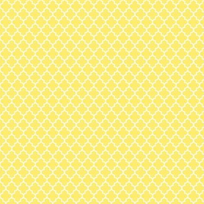 quatrefoil lemon yellow - small