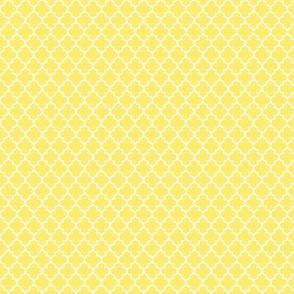quatrefoil lemon yellow - small
