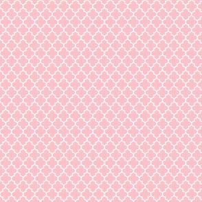 quatrefoil light pink - small