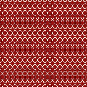 quatrefoil dark red - small