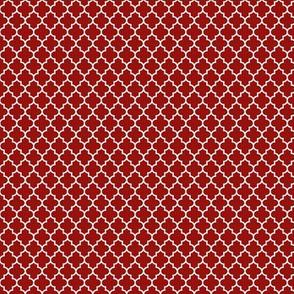 quatrefoil dark red - small