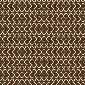 quatrefoil brown - small