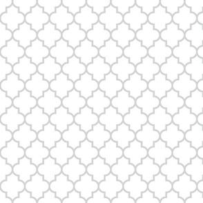 quatrefoil MED light grey on white