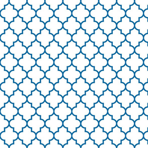 quatrefoil MED royal blue on white