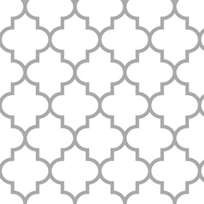 quatrefoil LG grey on white