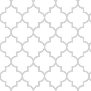 quatrefoil LG light grey on white