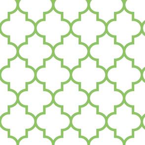 quatrefoil LG apple green on white