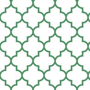 quatrefoil LG kelly green on white