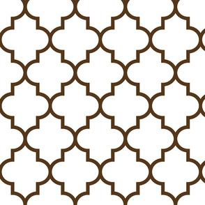 quatrefoil LG brown on white